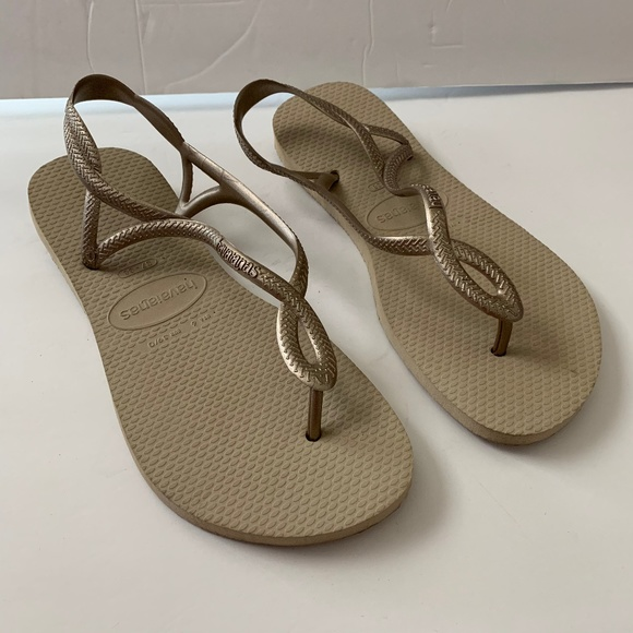 6b8210d46 Havaianas Shoes   Luna Womens Sandals Thong Flip Flops 6   Poshmark